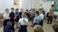 b_200_0_16777215_00_images_Children_library_День_именинника_2.jpg