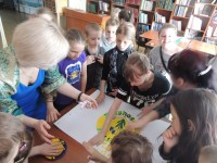 b_200_150_16777215_00_images_Children_library_Pervotsvety_Первоцветы_9.JPG