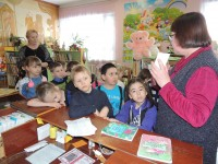 b_200_150_16777215_00_images_Children_library_excursion_экскурсия_02_2020_9.jpg