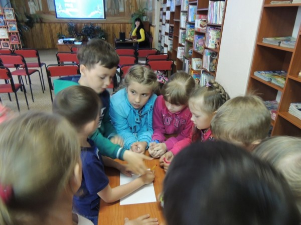 b_600_450_16777215_00_images_Children_library_Pushkin_У_Лукоморья_10.JPG