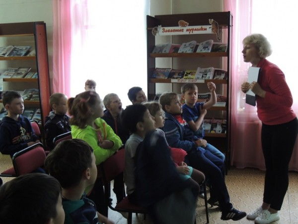 b_600_450_16777215_00_images_Children_library_Pushkin_У_Лукоморья_5.JPG