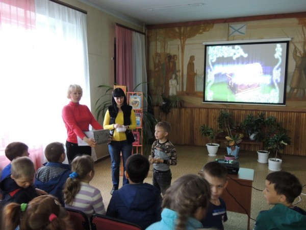 b_600_450_16777215_00_images_Children_library_Pushkin_У_Лукоморья_9.JPG
